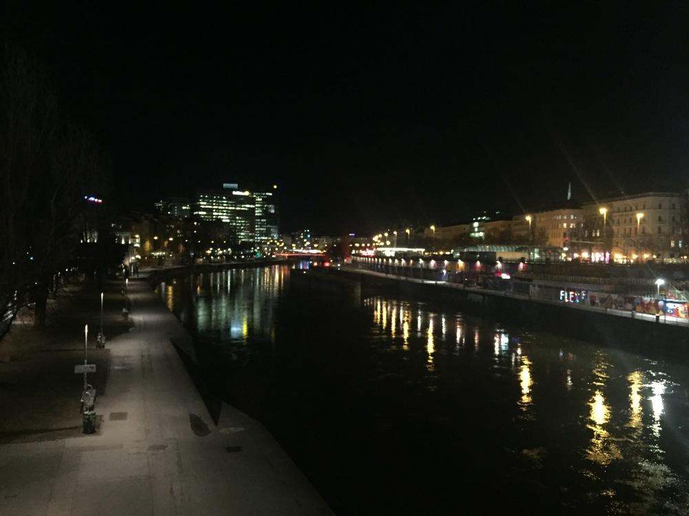 vienna-night
