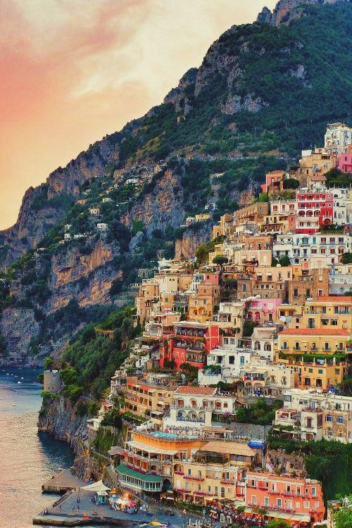 66914768d08c1fa4fa5ed10d94a012c9--sorrento-italy-positano-italy-amalfi-coast